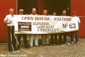 5-20-01, Lake Shore #63 open house crew; Matt Theroux photo