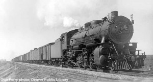C&NW eastbound freight near Boone, IA, Sept. 27, 1935; Fowler car behind engine. Otto Perry Photo, Denver Public Library, Paul Swanson collection.