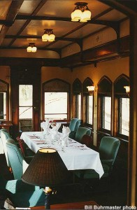 #440's lounge, set for dinner service. 10-11-96. Bill Buhrmaster photo