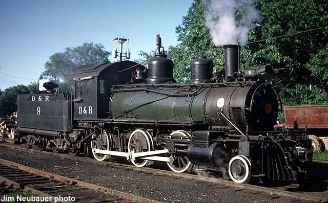 steam locomotive no. 9