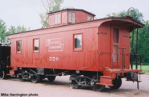 DSS&A 570 caboose, repainted for Soo Line convention. August 21, 2004. Mike Harrington photo.